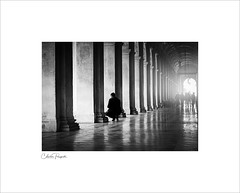 Piazza San Marco (Charlie Pragnell) Tags: streetphototgraphy venice italy olympuseurope olympusuk blackwhite piazzasanmarco wwwcharlespragnellphotographynet arches