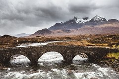 Old bridge at Sligachan (Steffen Walther) Tags: 2016 reise schottland travel bridge river sligachan skye scotland canon5dmarkiii canon1740l landscape cuillins mountains clouds outdoors valley europe wanderlust reisefotolust highlands rough weather flow uk britain
