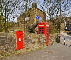 A Very Large VR Post Box & Telephone Box - Haworth. (wontolla1 (Septuagenarian)) Tags: old yorkshire walking hiking walk hike telephone post box plb letter royal mail red