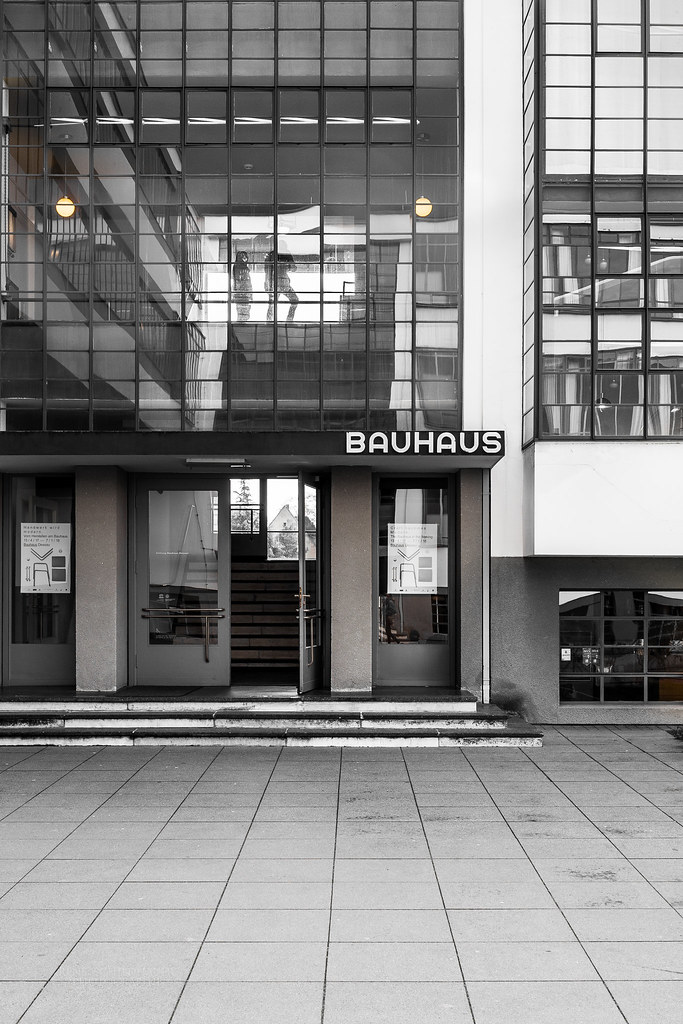 Bauhaus Dessau II (schildi78) Tags: Bauhausdesign Bauhausstil Gropius  Dessau Bauhaus