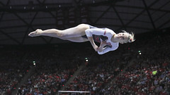 gymnastics032 (Ayers Photo) Tags: sports canon utahutes utah utes red redrocks gymnastics barefoot bare foot feet toes toe barefeet woman women