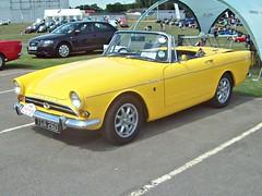 210 Sunbeam Tiger 1 (1967) (robertknight16) Tags: sunbeam british 1960s tiger sportscar rootes silverstone tga260