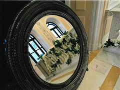 mirror garden (omnia_mutantur) Tags: mirror espelho espejo specchio fiori fleurs flowes flores palazzo turati milano milan italia italy italie finestre windows ventanas janelas fenêtres