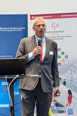 "20170406_Data_Market_Austria_Salzburg_Big_Data_Meetup__39A8451 • <a style=""font-size:0.8em;"" href=""http://www.flickr.com/photos/146381601@N07/33980627852/"" target=""_blank"">View on Flickr</a>"