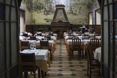 . (Le Cercle Rouge) Tags: lisboa lisabon lisbon lisbonne portugal rossio waiter garçon requiem casadoalentejo restauradores