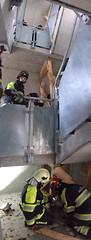 IMG_4146 (Feuerwehr Weblog) Tags: tiefbauunfälle ausbildung feuerwehr technicalrescue technischerettung heavyrescuegermany trenchrescue technische hilfeleistung thl