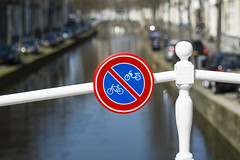No parking on the brigde (Jan van der Wolf) Tags: map170258v delft bridge brug leuning handrail sign dof depthoffield scherptediepte gracht canal noparking verkeersbord trafficsign