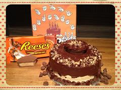 Reeses Peanut Butter Cake by Elicia, Santa Cruz CA, www.birthdaycakes4free.com