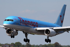 G-OOBE - Thomson Airways Boeing 757-28A (Craig Stevens.) Tags: sun beautiful beauty canon airplane eos airport raw aircraft aviation aeroplane sharp civil boeing 100400mm luton 757 ltn 650d eggwltn
