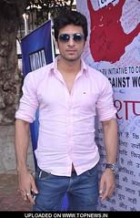 manish-raisinghani (shirtlesss1) Tags: gay shirtless actors handsome hunk jeans biceps toned abs sixpack malemodel allamericanguys shirtlessjeanscute
