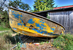 Seaworthy? (Raphooey) Tags: uk blue red england southwest west yellow canon river eos boat peeling paint cornwall south gb peel hdr tender tamar dinghy photomatix 60d