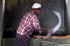 """Washing"" - Cochin (Kochi), Undia (TravelsWithDan) Tags: portrait india ngc laundry turban cochin washing kochi worldtrekker"