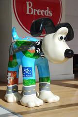 Bristol Dog Show - Miniature Dogs (New Breeds) (Sa//y) Tags: streetart art bristol banksy sculptures gromit fibreglass mildmildwest aardmananimations wallaceandgromitsgrandappeal gromitunleashed bristolchildrenshospitalcharity thegreatestdogshowonearth