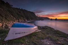 Atardecer en el Silencio (Adolfo Mtez) Tags: atardecer nikon barca playa cudillero silencio d600 aml elsilencio castañeras gavieru