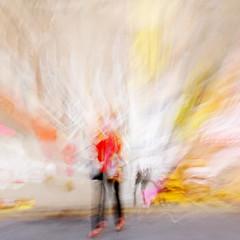 (jc.dazat) Tags: street light red people woman blur paris color lady rouge photography graffiti photo nikon colours photographie lumire couleurs femme rue icm flou photographe personnage vision:food=061