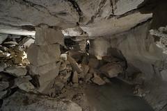 Un niveau inférieur instable... (flallier) Tags: paris limestone catacombs quarry souterrain catacombes carrière calcaire effondrement piliersàbras
