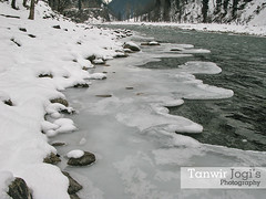 Three layers, Snow, Ice and water (Tanwir Jogi ( www.thetrekkerz.org )) Tags: travel pakistan white snow colour ice water beautiful trekking trek river colours valley cannon kashmir traveling tours lahore neelam ganga treks ajk jogi kishan g9 beautifulpakistan trekkinginpakistan coloursofpakistan cannong9 tanwir travelinginpakistan thetrekkerz tourisminpakistan trekkinginpakistantrekstrekkingtraveltravellingtourisminpakistantourstravellinginpakistantrektanwirjogitanwirjogithetrekkerzbeautifulpakistanbeautifullahorecoloursofpakistanpunjabwwwthetrekkerzorgcannong neelamriverkelshardaajkicesnow
