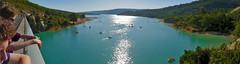 Pont du galetas sur le lac de St. Croix du Verdon (aups83) Tags: panorama paca pont verdon balade pointsublime lacdesaintecroix parcnaturel parcnaturelregionalduverdon sallesurverdon