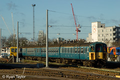 423417 Clapham Junction Yard (RyanTaylor1986) Tags: door west london electric yard 1 slam ryan mark south stock group traction railway junction class taylor 423 bluebell clapham rolling 2014 vep mk1 3417 setg soutehrn 4vep 423417