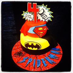 I'm telling you..... It was a superheroes kinda day! #superman #superhero #batman #marvelcomics #marvel #spiderman #capes #icedinbuttercream #fondant #accents #yesyoucaneatit #customcakes #customtoyourliking #wecanmakeanything #ilovemyjob #followus @royal (Royalty_Cakes) Tags: square 4 lofi spiderman 4th superman squareformat handpainted superhero batman cape marvel handpainting 4thbirthday iphoneography instagramapp spidermanboard