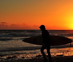 Silhouette (Saeb khatib) Tags: beach silhouette canon 50mm surfer oceanside niftyfifty t4i