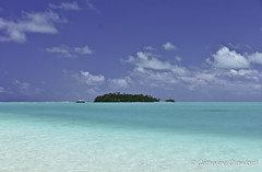 Vaka Boat Aitutaki © Catherine Crawford 2016 (Zimbrit) Tags: vaka cookislands atoll southpacific beach sea sand aitutaki nikond7000 southseas beautifullagoon beachparadise