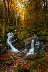 Waterfalls in autumn - Auvergne, France (mario.valeira) Tags: france auvergne woods sunset sun sunrise europe light lights peace leaves leaf volcano moutain forest lake autumn waterfall waterfalls