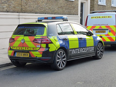 OE15WKK (Emergency_Vehicles) Tags: oe15wkk metropolitan police vw golf gte eco interceptor hybrid demonstrator