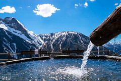 Fontana, Bessen Haut (f.cevrero) Tags: fontana water acqua blue colour clouds alps alpi mountains montagne landscape paisage paesaggio wood legno nikon d3200 sestriere bessen haut turin torino