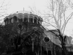 Cattedrale di Santa Domenica ,Sofia #2 (~Miel) Tags: doppiaesposizione doubleexposure photoshop experiment biancoenero blackandwhite bridgecamera bulgaria sofia nikon coolpixl810 vacanze vacation
