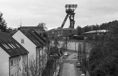 Schacht 10 (Kamerakata) Tags: analog ruhrpott schwarzweis zollverein