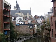 Belgie  -  Mechelen (Sjim Geugjes) Tags: belangrijke reden om mechelen te bezoeken de stad bezit erfgoed van wereldformaat het compacte is ideaal voor fijnproever en slechts anderhalf uur rijden utrecht dit onze top 10 bezienswaardigheden