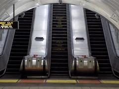 CHX Esc 10-12 17-04-04 Site Visit (80) (Funny Cyclist) Tags: escalator charingcross