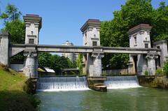 Plečnikove zapornice (rlubej) Tags: ljubljana rivers ljubljanica