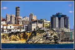 Paseando por Benidorm (edomingo) Tags: edomingo nikond5000 nikkor1685vr benidorm castillo panorámica alicante costablanca marinabaixa