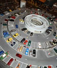 miniature.cars (C.Kalk DigitaLPhotoS) Tags: miniaturwunderland miniaturewonderland miniatur miniature auto autos car cars figuren figures stilllife small tiny winzig klein parkdeck parklevel indoor