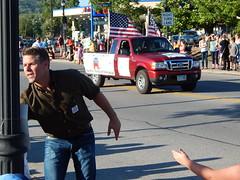 (mestes76) Tags: 080416 duluth minnesota spiritvalleydaysparade parades people strangers politics politicians republicans gop stewiemills congress fakes phonies loser littlestewiemillscuthishairbutonelectiondaythevotesstillwerentthere