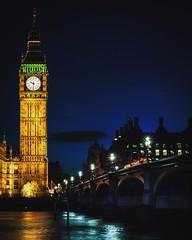 Evening at Westminster Bridge (miroto2014) Tags: bigben queenelizabethclocktower housesofparliament westminsterbridge london westminster victorianarchitecture clocktower