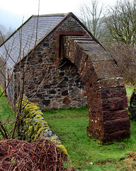 IMG_0637 (griff griff) Tags: stridingarches dumfriesgalloway andygoldsworthy cairnhead sculpture southernuplands moniaive byre