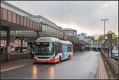 22-04-17 Hochbahn Volvo 7900, Hamburg Altona Bhf (Julian de Bondt) Tags: hochbahn volvo bus hamburg altona