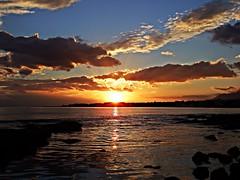 Puesta de sol (Antonio Chacon) Tags: andalucia atardecer marbella málaga mar mediterráneo costadelsol cielo españa spain sunset puestadesol nubes nature naturaleza agua orilla