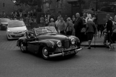 Jowett Jupiter (Julian Dyer) Tags: vintage blackwhite events yorkshire 35mmfilm ilforddelta400 fujicast705 haworth ilfordddx haworth1940sweekend haworth1940s