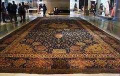 Ardabil Carpet, view with visitors (profzucker) Tags: london art history carpet persian iran islam silk va medallion rug oriental kashan islamic isfahan tabriz safavid ardabil victoriaalbert warps kirman wefts 153940 woolpile