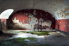 red and green (Daniel-Dank.com) Tags: urban abandoned lost industrial place raum stadt architektur verlassen