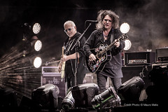 The Cure performing in New Orlans, Voodoo Festival  Mauro Melis (mauromelis-photography) Tags: new jason simon robert festival orleans o neworleans smith cooper thecure nola roger gallup cure nouvelle voodoo reeves the donnel simongallup jasoncooper reevesgabrels robertsmth gabrels voodoofestival2013 rogrodonnel