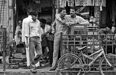 45ºC e as bicicletas de Jaipur | Índia (munizphotos) Tags: brazil saopaulo negros candomble catolicismo nossasenhoradorosario folclore saobenedito congadas umbanda sincretismoreligioso profanoesagrado spfw2012 dancascristas marcosmunizdasilva