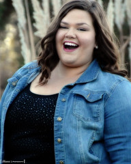 E SLH_1113_27 (Hopelessly Un-Romantic) Tags: woman fat bbw large empowermentproject