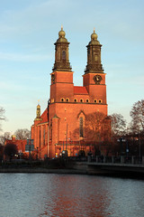 302 av 365 (Yvonne L Sweden) Tags: church sweden eskilstuna kyrka eskilstunan churchtowers klockor nybron kyrktorn klosterskyrka 365foton 3652013 synkroniserade