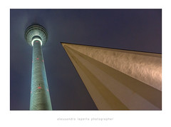 Berliner Fernsehturm (Alessandro Laporta Photographer) Tags: berlin fernsehturm berlino rdt berlintvtower berlinerfernsehturm hermannhenselmann alessandrolaporta fotocesco fernsehturmdiberlino berlin360°