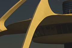 LAX Theme Building (JM L) Tags: theme lax adobecameraraw theencounter paulwilliams pereiraluckman
